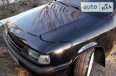 Opel Vectra A 1989 в Луганске