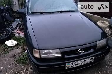 Opel Vectra A 1995 в Бурштыне