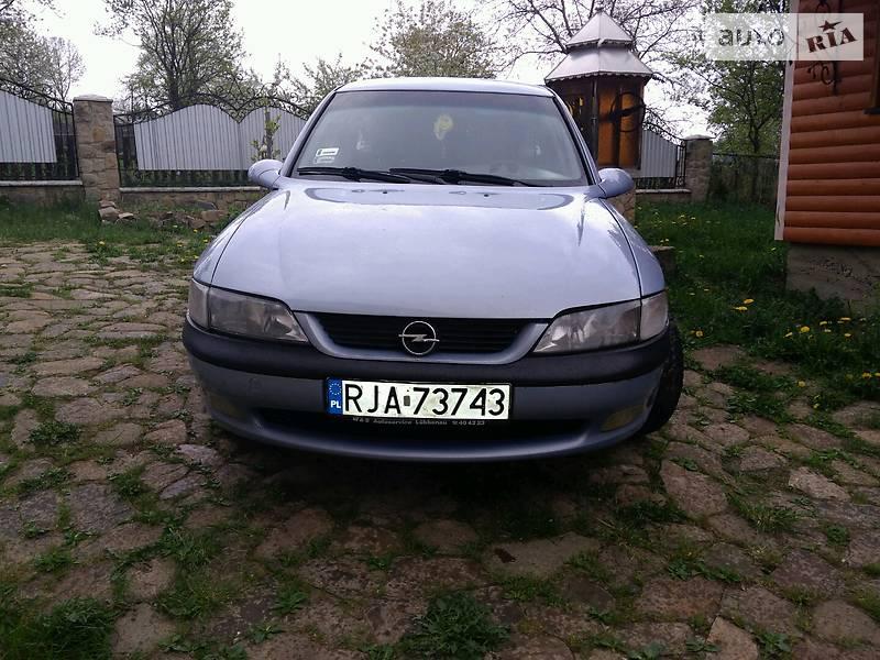 Opel Vectra B 1998 в Надворной