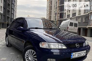 Седан Opel Vectra B 1996 в Ивано-Франковске