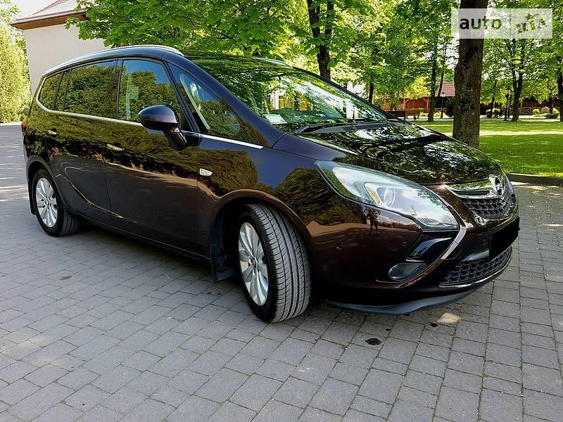 Opel Zafira 2012 в Івано-Франківську