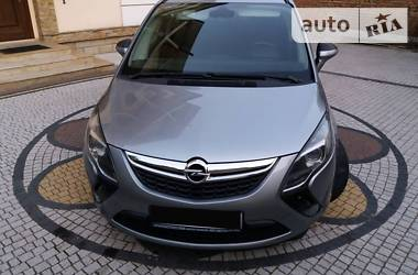 Opel Zafira 2012 в Дрогобыче