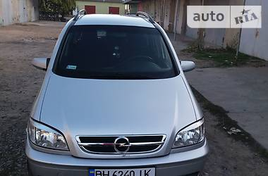 Opel Zafira 2004 в Белгороде-Днестровском