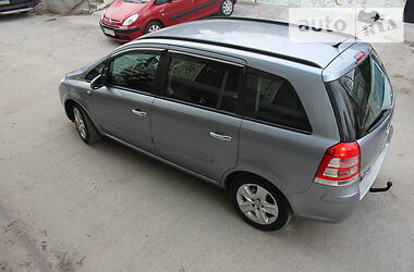 Opel Zafira 2009 в Киеве