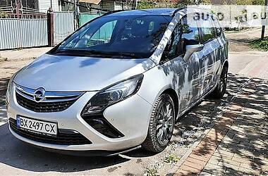 Opel Zafira 2015 в Каменец-Подольском