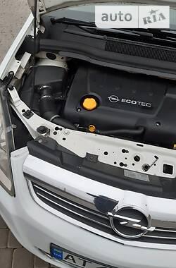 Opel Zafira 2008 в Мукачево