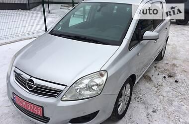 Opel Zafira 2009 в Лисичанську
