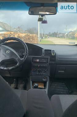 Минивэн Opel Zafira 2000 в Маневичах
