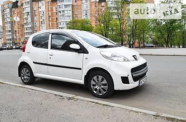 Хэтчбек Peugeot 107 Hatchback (5d) 2011 в Харькове