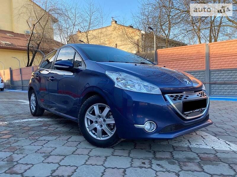 Peugeot 208 2012 в Львове