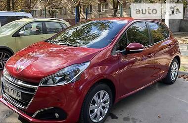 Peugeot 208 2015 в Черноморске