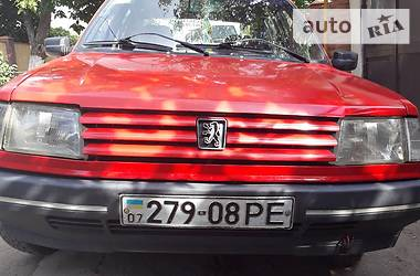 Peugeot 309 1989 в Беляевке