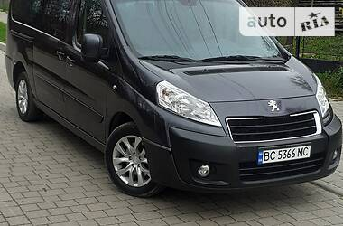 Peugeot Expert пасс. 2016 в Трускавце