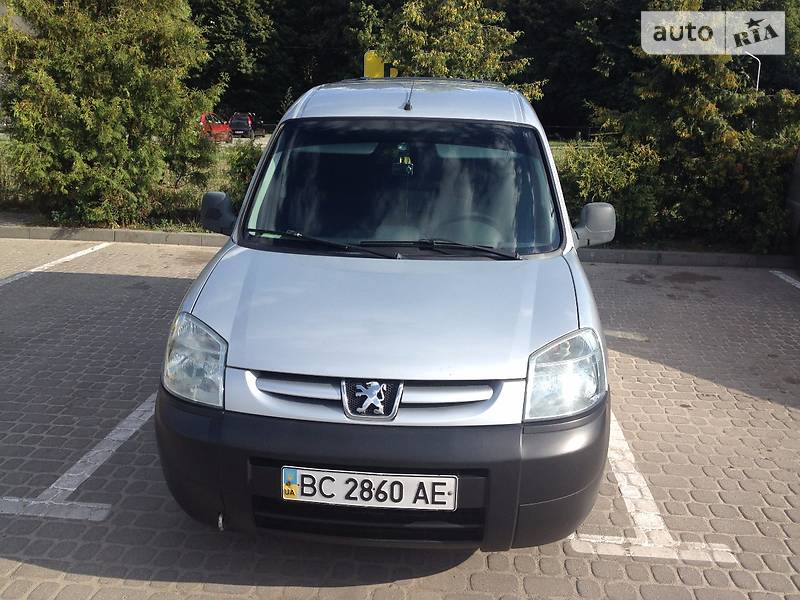 Peugeot Partner пасс. 2004 в Львове