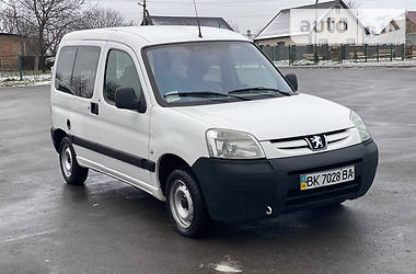 Peugeot Partner пасс. 2005 в Ровно