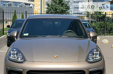 Porsche Cayenne 2016 в Києві