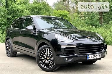 Внедорожник / Кроссовер Porsche Cayenne 2016 в Киеве