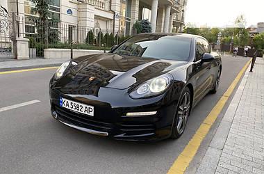 Лифтбек Porsche Panamera 2013 в Киеве