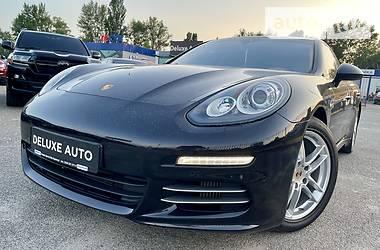 Седан Porsche Panamera 2013 в Киеве