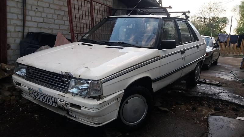 Renault 11 1988 года