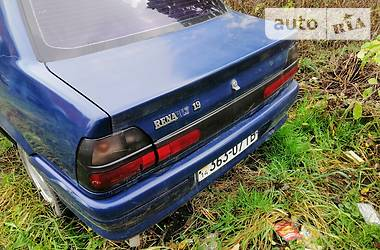 Renault 19 1992 в Трускавце