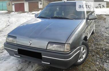 Renault 19 1991 в Воловце