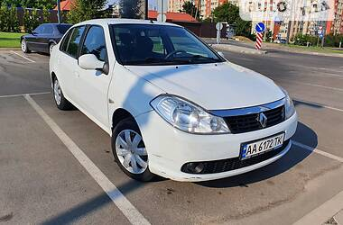 Седан Renault Clio Symbol 2012 в Киеве
