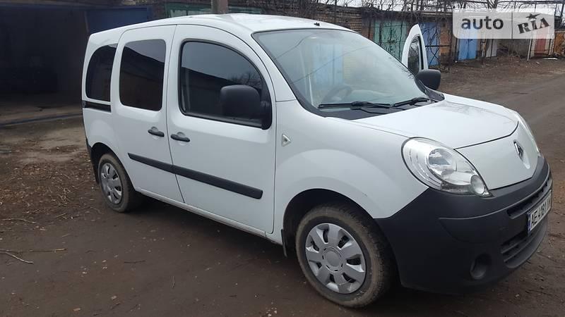 Renault Kangoo пасс. 2012 года в Днепре (Днепропетровске)