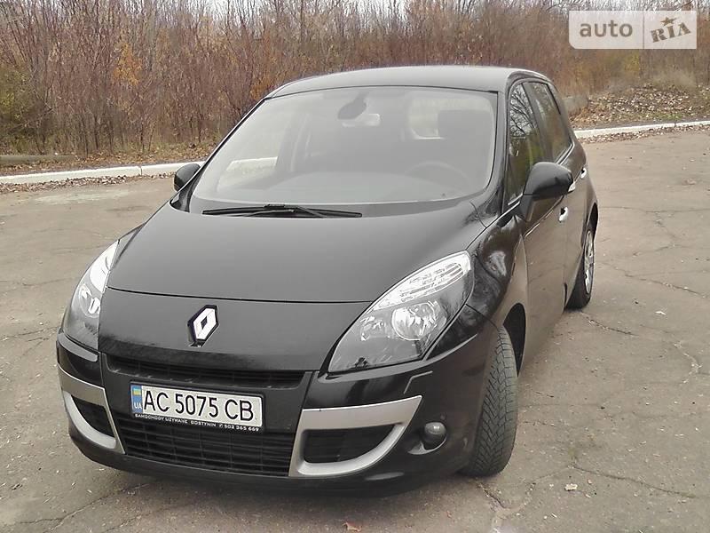 Renault Scenic 2011 года в Донецке
