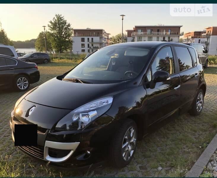 Мінівен Renault Scenic 2011 в Луцьку