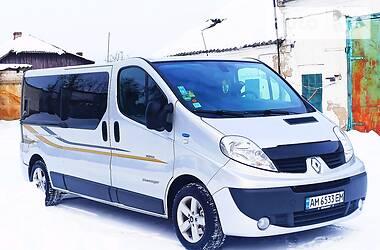 Renault Trafic пасс. 2013 в Коростене