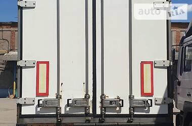 Ізотермічна будка Schmitz Cargobull SKO 2001 в Харкові
