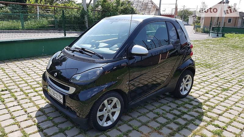 Smart fortwo 2009 года