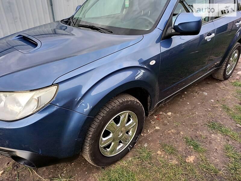 Внедорожник / Кроссовер Subaru Forester 2010 в Борисполе