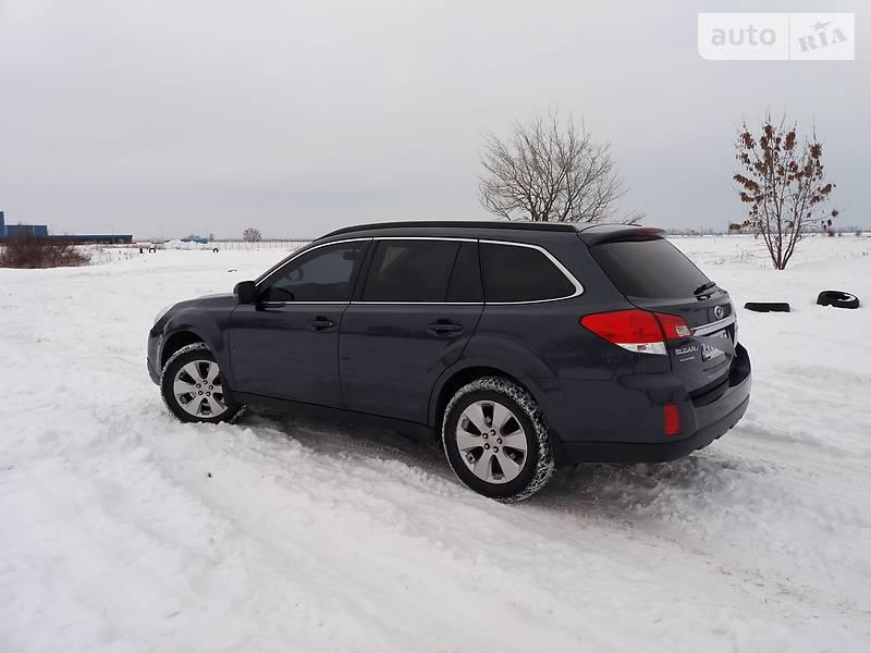 Subaru Outback 2012 года в Харькове