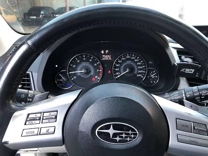 Универсал Subaru Outback 2010 в Киеве