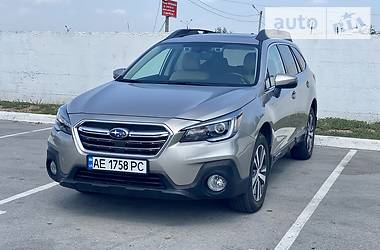 Унiверсал Subaru Outback 2018 в Дніпрі