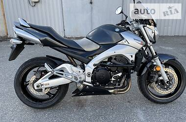 Мотоцикл Классик Suzuki GSR 600 2007 в Днепре