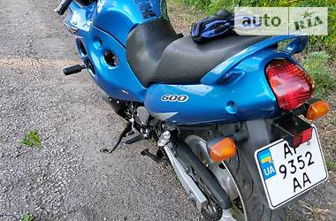 Мотоцикл Спорт-туризм Suzuki GSX 600F 2001 в Вольнянске