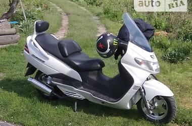 Максі-скутер Suzuki Skywave 250 2000 в Городищеві