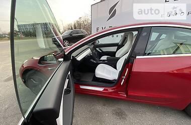 Tesla Model 3 2020 в Киеве