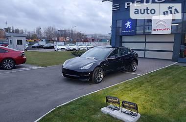 Tesla Model 3 2019 в Киеве