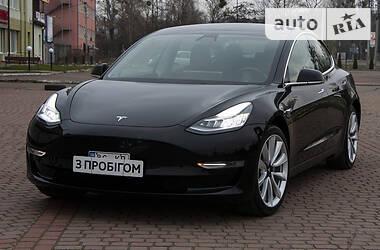 Tesla Model 3 2019 в Львові