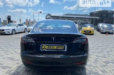 Седан Tesla Model 3 2019 в Мукачево