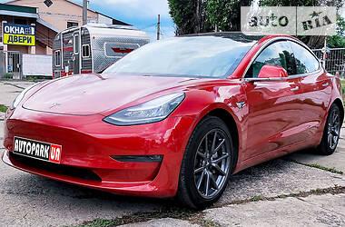 Хэтчбек Tesla Model 3 2019 в Харькове