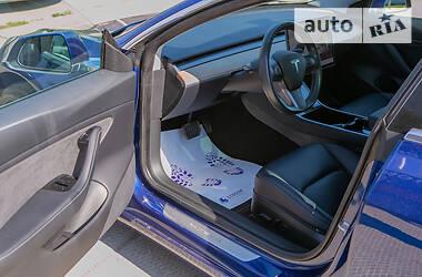 Седан Tesla Model 3 2020 в Харькове