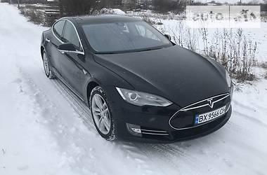 Tesla Model S 2015 в Староконстантинове