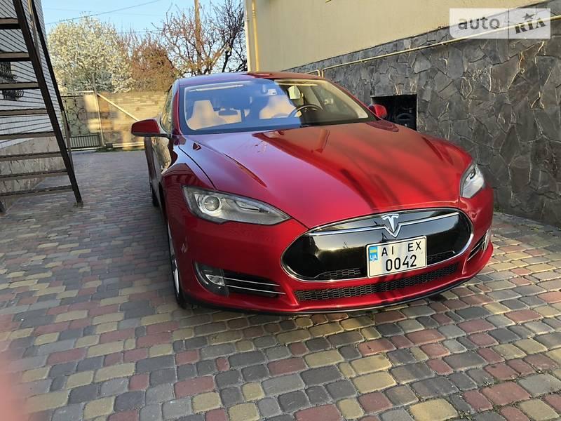 Седан Tesla Model S 2014 в Києві