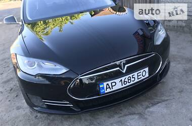 Tesla Model S 2013 в Каменке-Днепровской