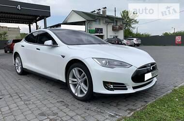 Tesla Model S 2016 в Трускавце